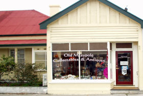 Old Maypole Collectables  Antiques - Tourism Cairns
