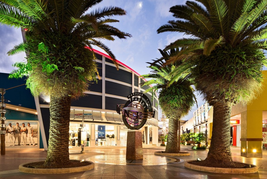 Harbour Town Outlet Shopping Centre - Tourism Cairns