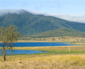 Lake Elphinstone - Tourism Cairns