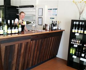 Billy Button Wines - Tourism Cairns