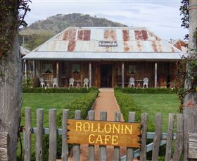 Rollonin Cafe - Tourism Cairns