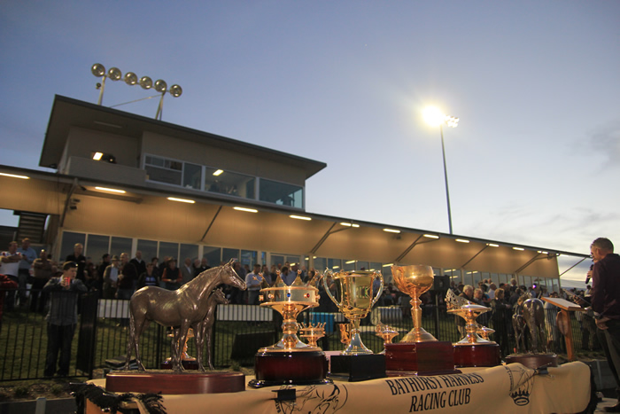 Bathurst Harness Racing Club - Tourism Cairns