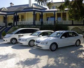 Highlands Chauffeured Hire Cars Tours - Tourism Cairns