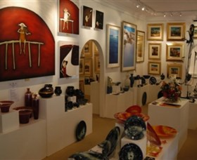 Articles Fine Art Gallery - Tourism Cairns