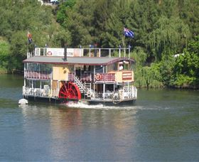 Hawkesbury Paddlewheeler - Tourism Cairns