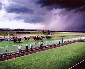 Hawkesbury Race Club - Tourism Cairns
