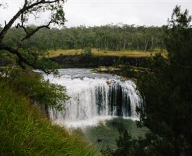 Millstream Falls - Tourism Cairns