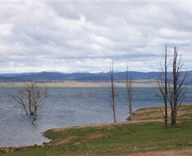 Lake Eucumbene - Tourism Cairns