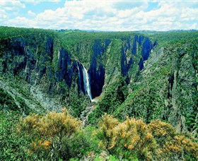 Wollomombi Falls - Tourism Cairns