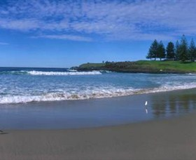 Surf Beach Kiama - Tourism Cairns