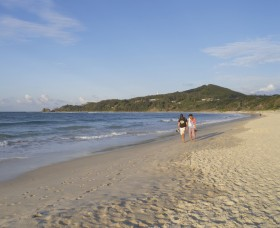 Main Beach Byron Bay - Tourism Cairns