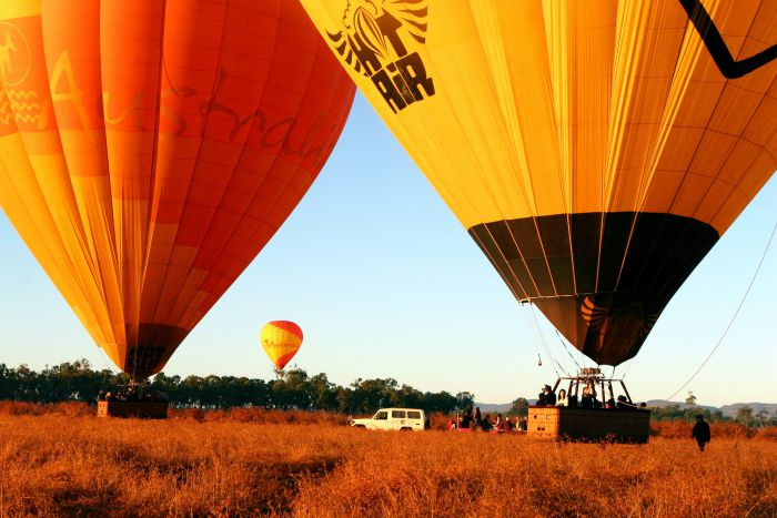 Hot Air Balloon Scenic Rim - Tourism Cairns