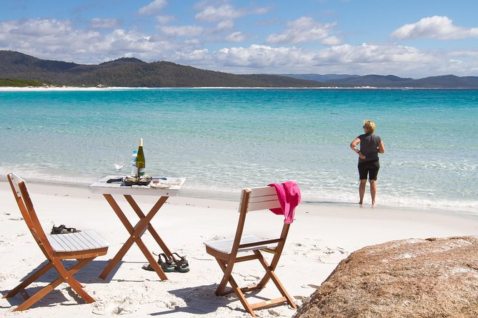 4x4 and Lunch Full Day Freycinet and Wineglass Bay - Tourism Cairns