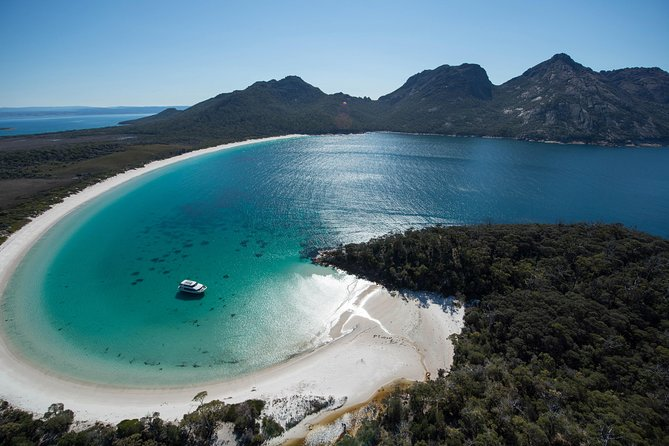 Wineglass Bay Cruise from Coles Bay - Tourism Cairns