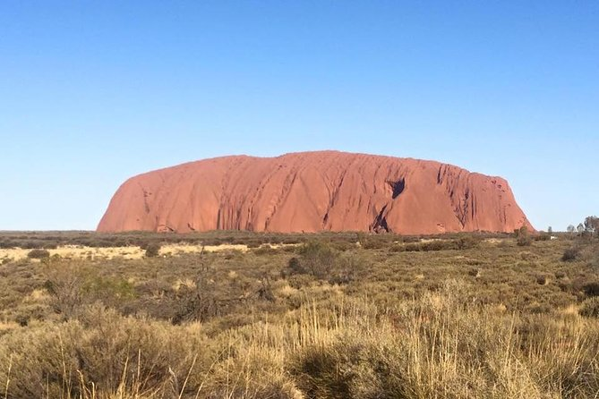 Highlights of Uluru Including Sunrise and Breakfast - Tourism Cairns