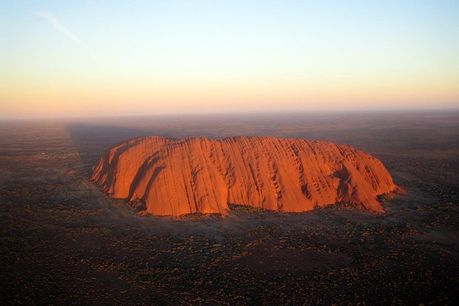 Fixed-Wing Scenic Flight from Uluru Ayers Rock - Tourism Cairns