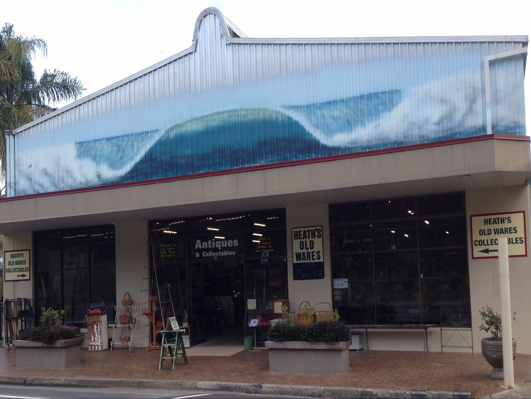 Heaths Old Wares and Collectables - Tourism Cairns