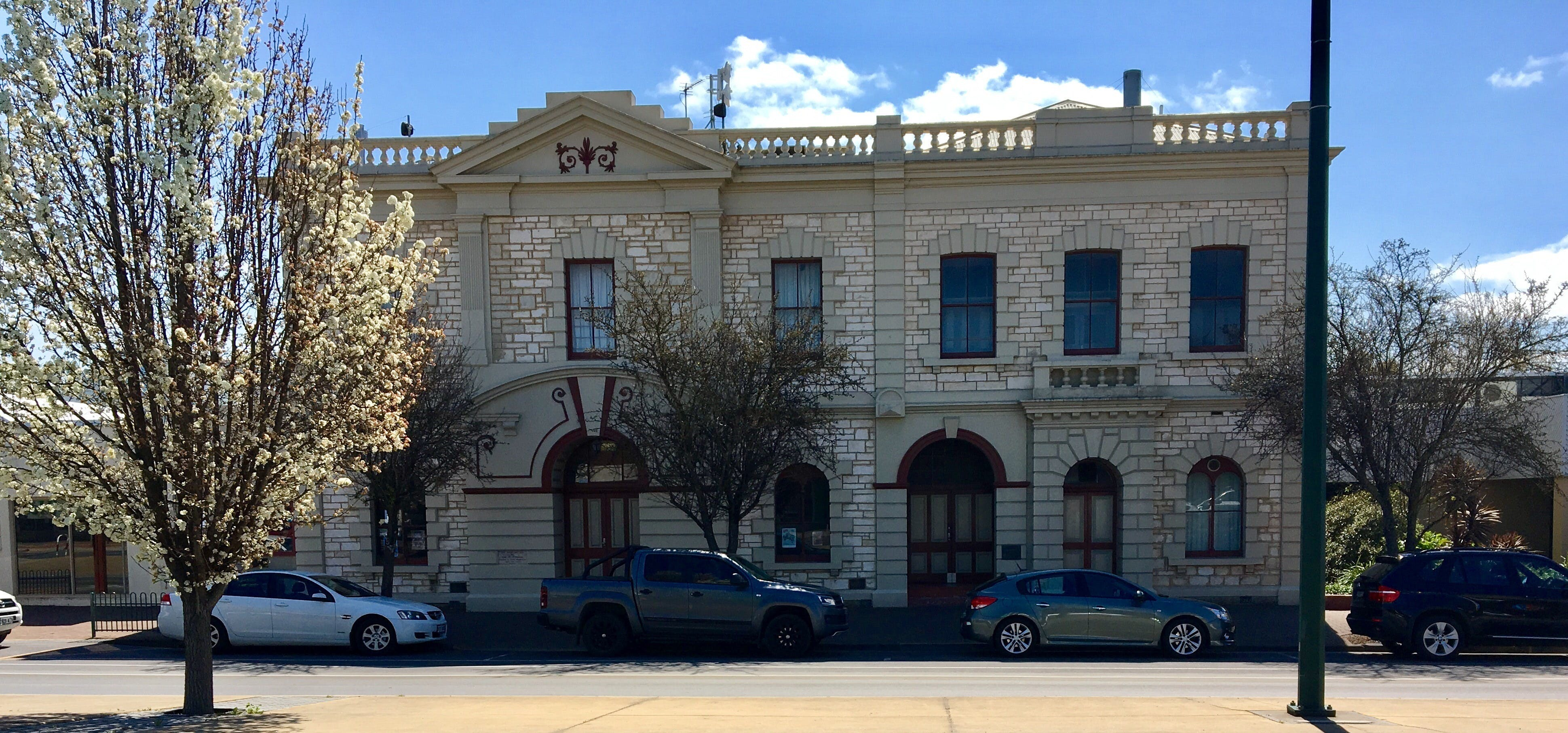 Naracoorte Town Hall - Tourism Cairns