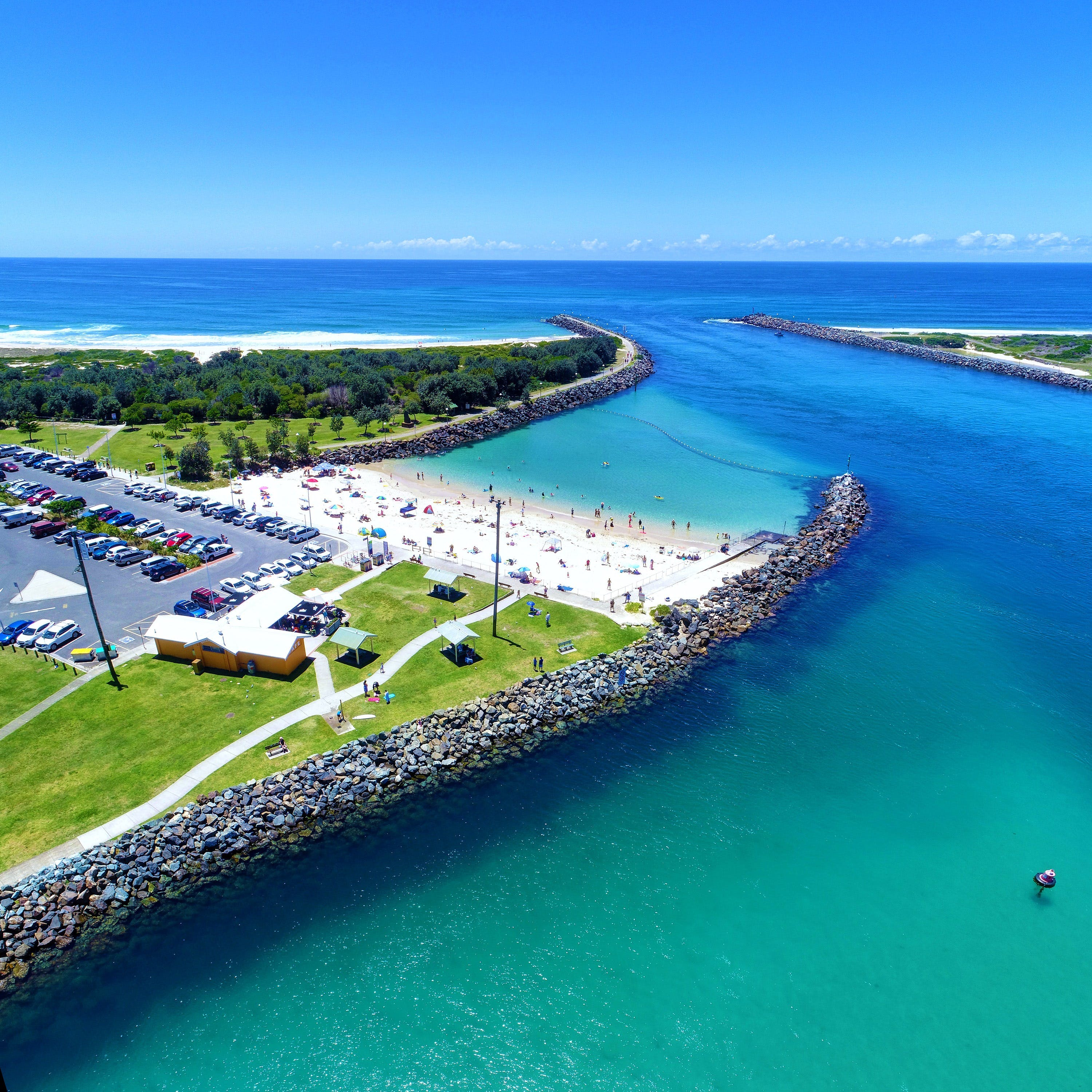 Tuncurry Rock Pool - Tourism Cairns