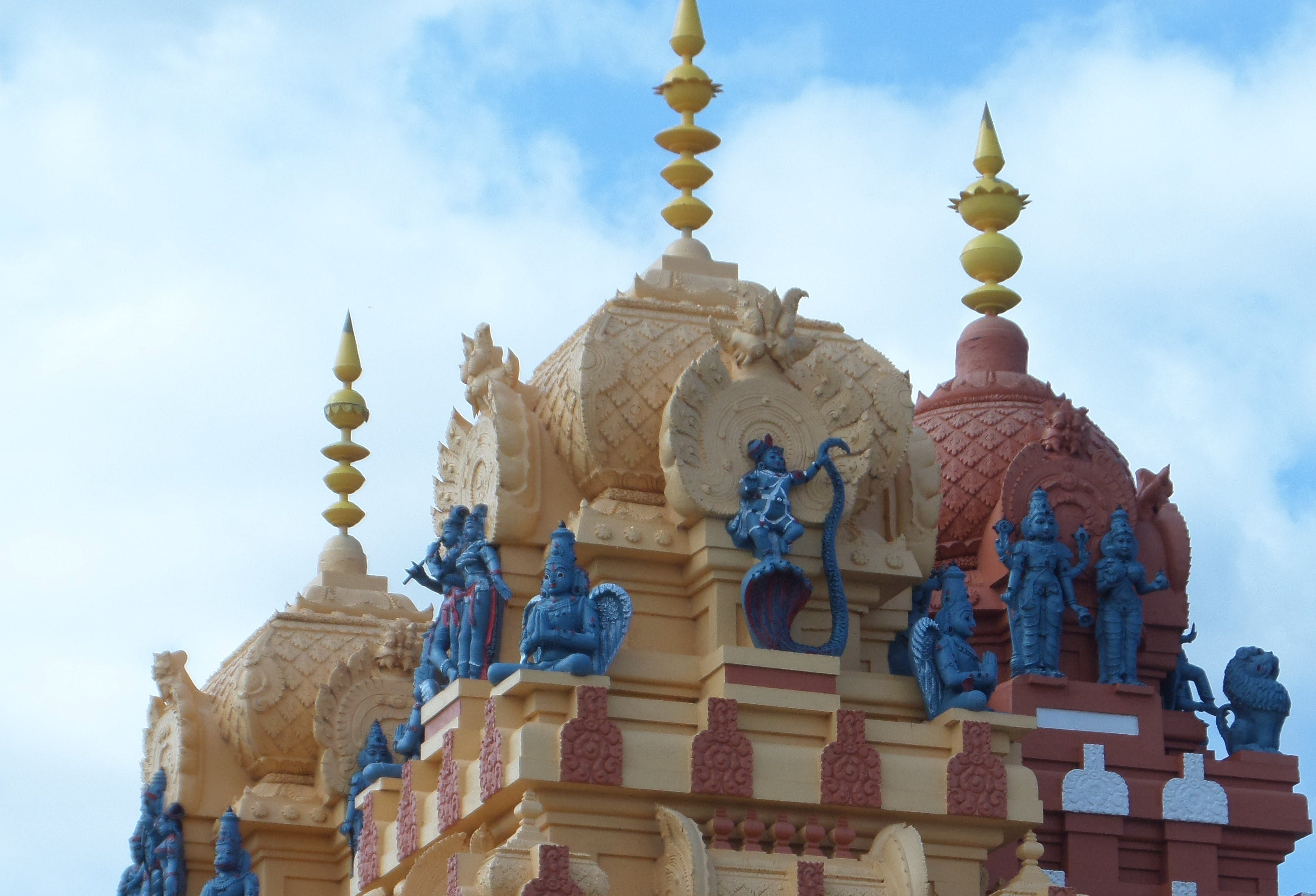 Vishnu Siva Mandir Temple and Library - Tourism Cairns