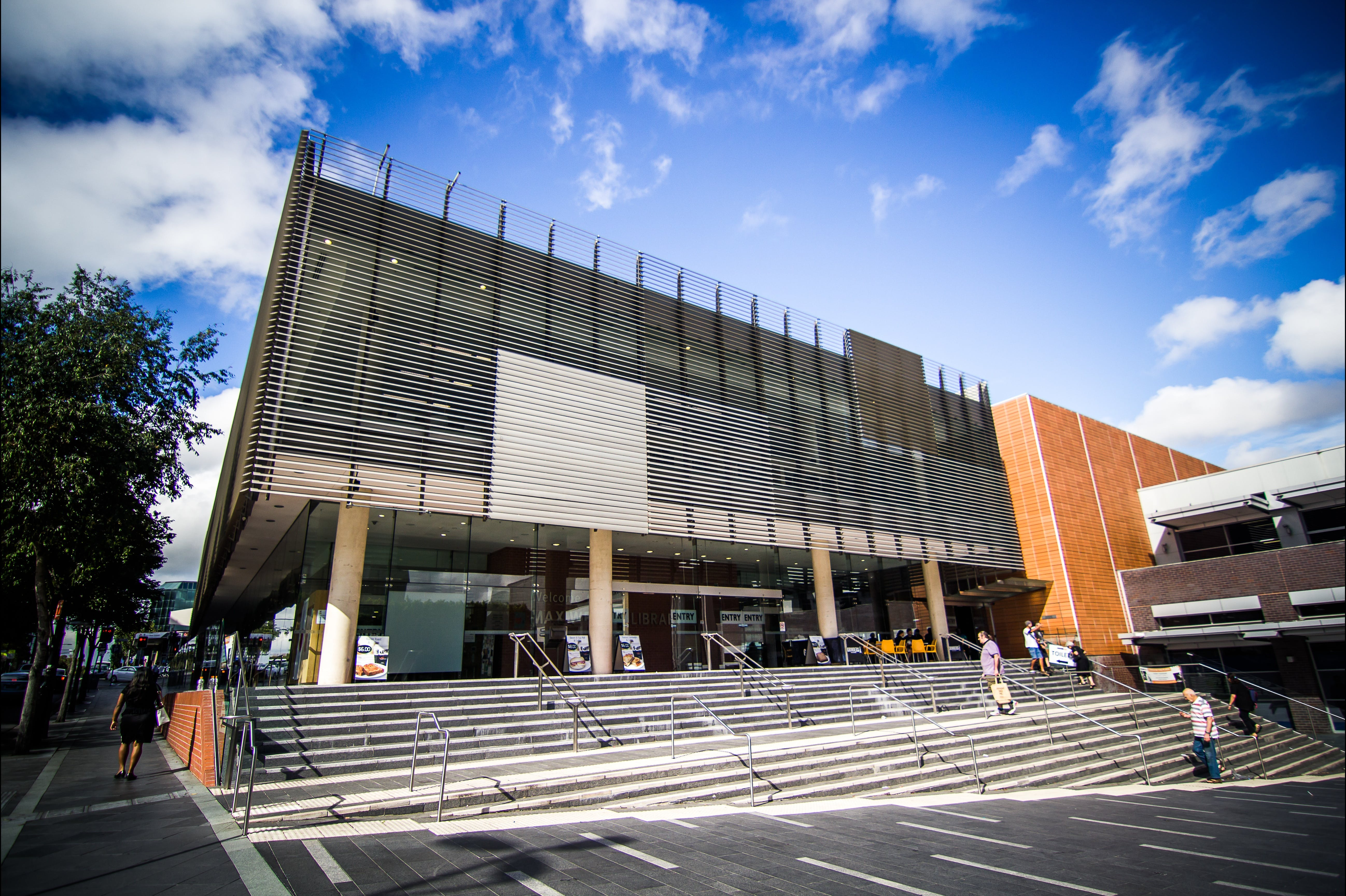 Blacktown City Libraries - Tourism Cairns