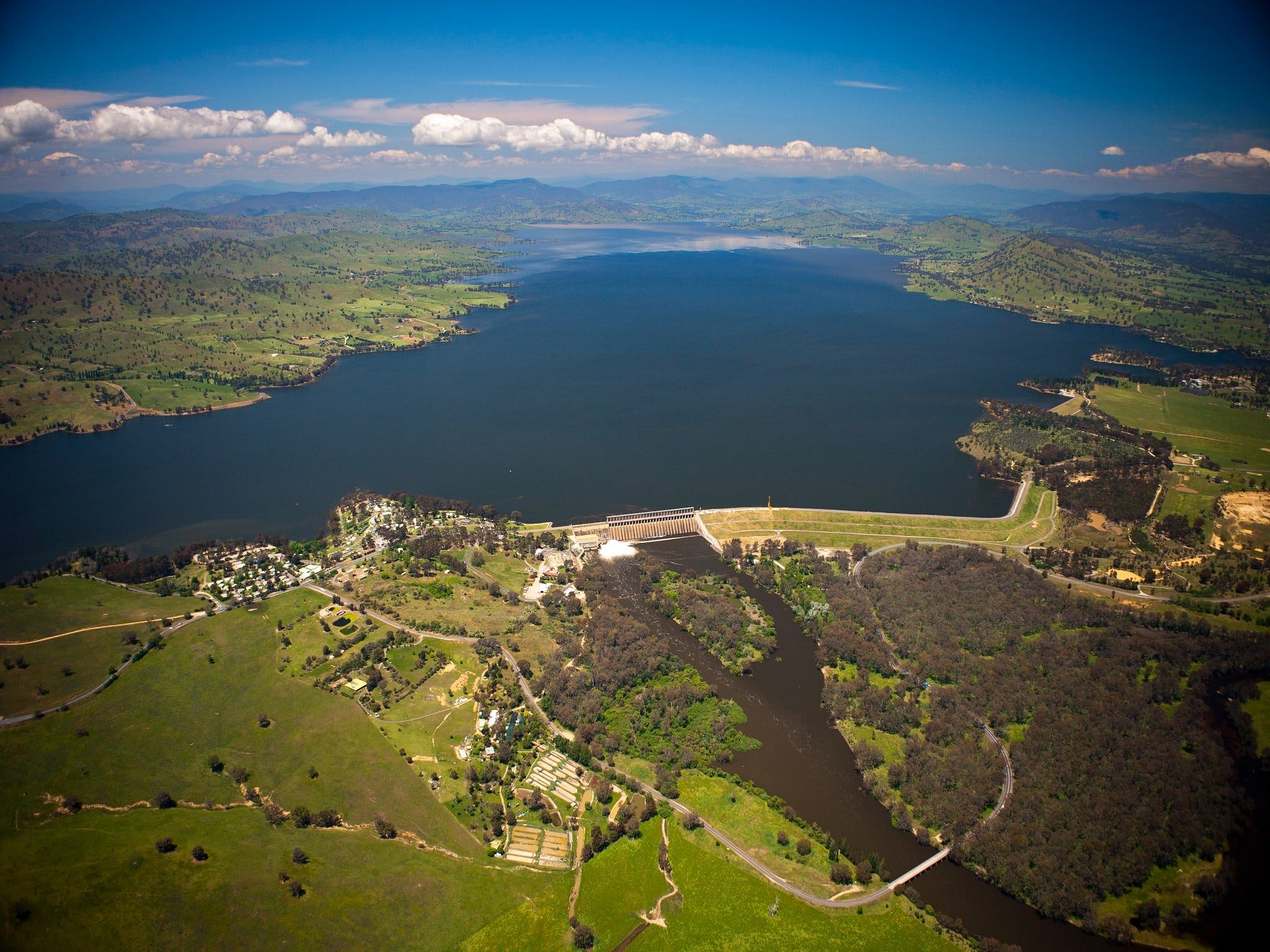 Lake Hume Loop - Tourism Cairns