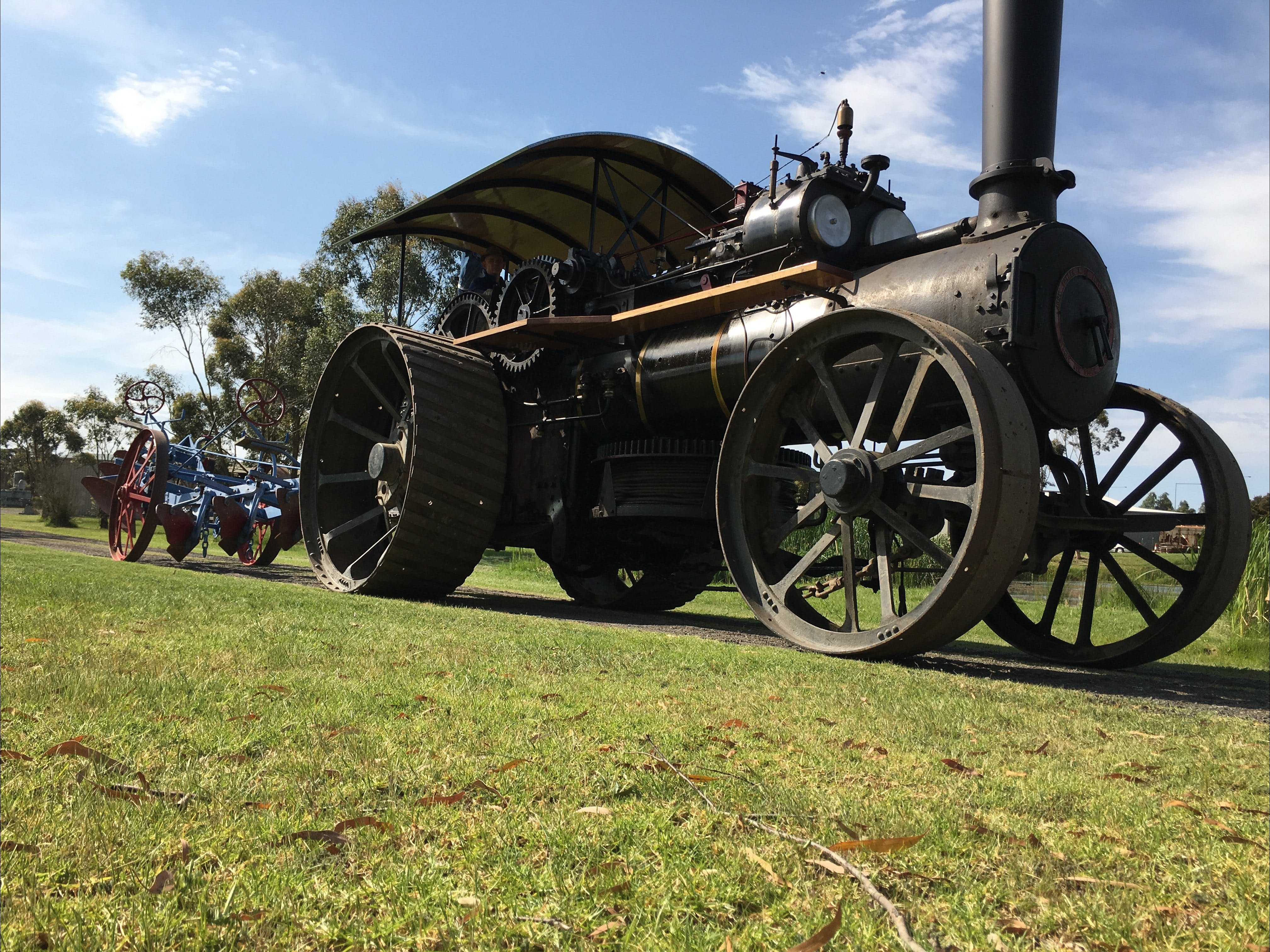 Melbourne Steam Traction Engine Club - Tourism Cairns