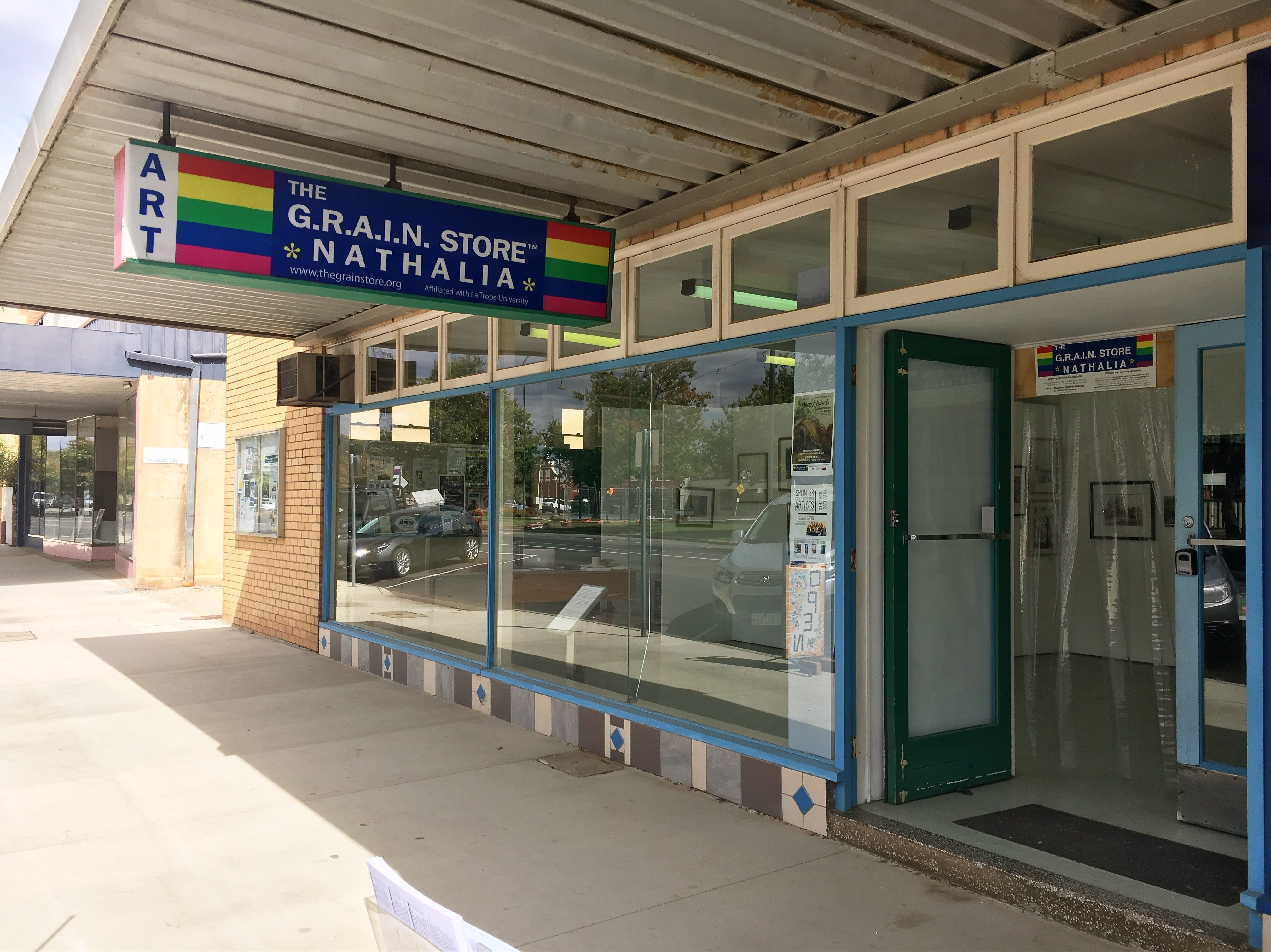 The G.R.A.I.N. Store Gallery - Tourism Cairns