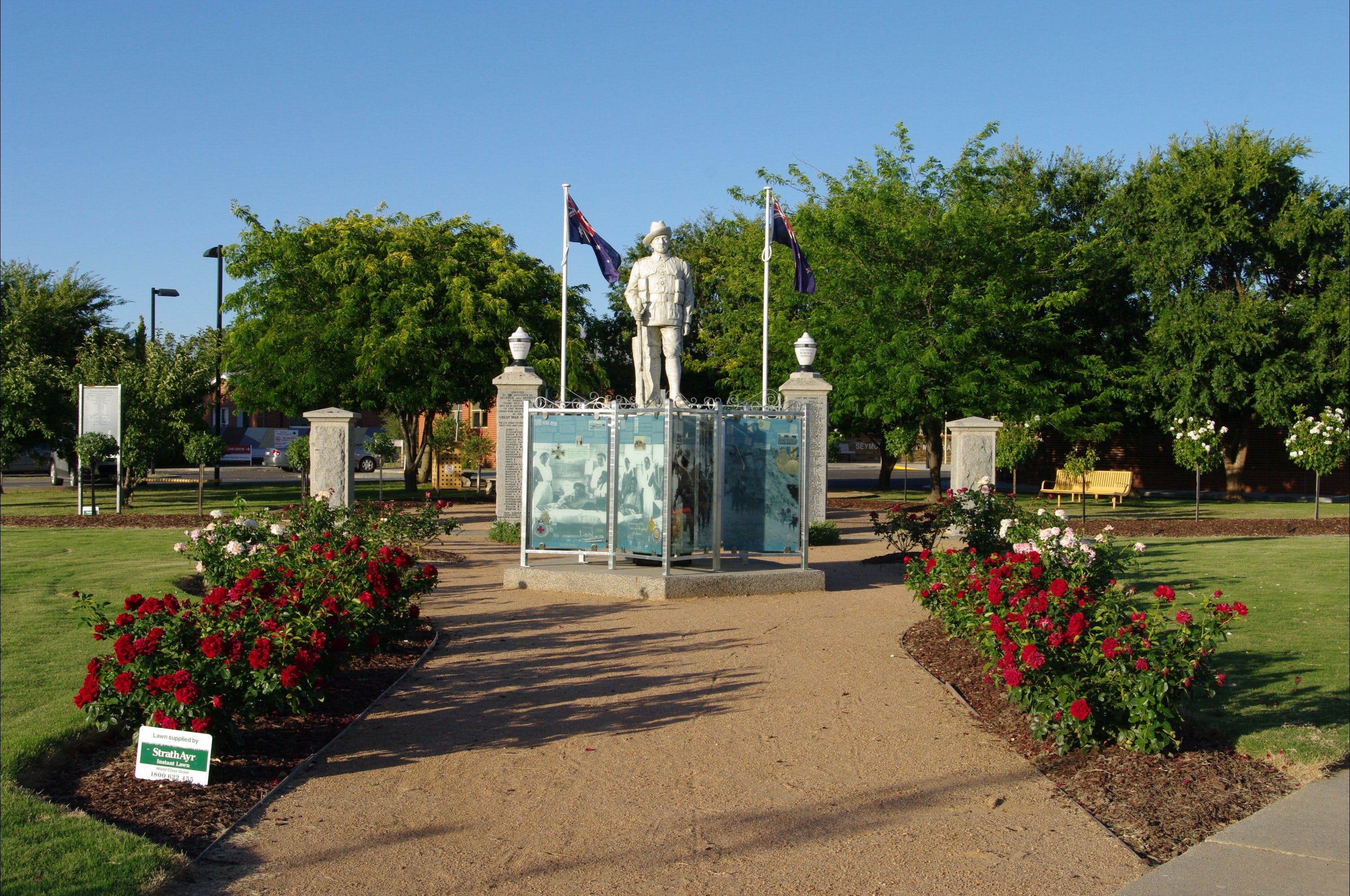 WW1 Memorial Park - Tourism Cairns