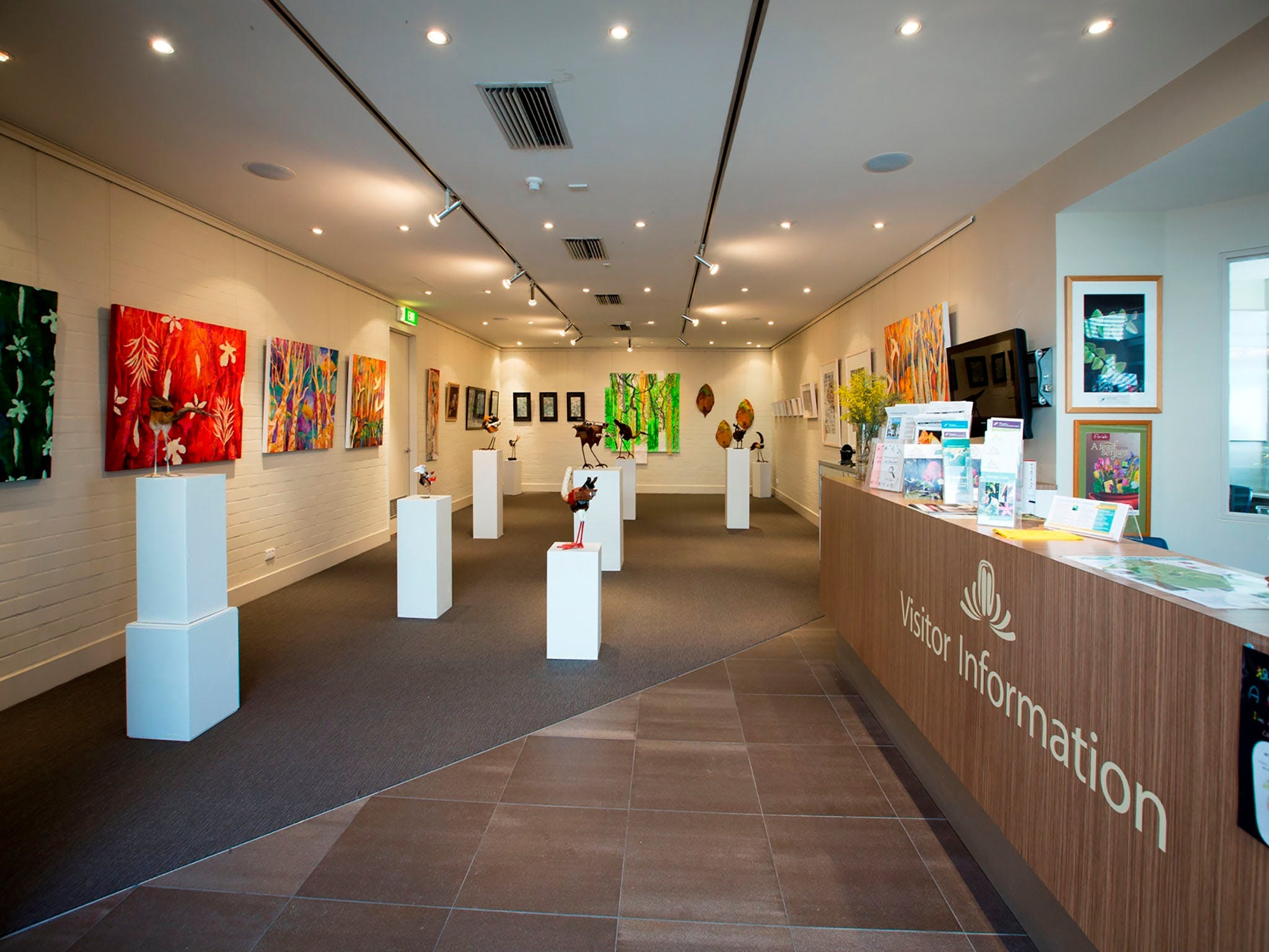 Australian National Botanic Gardens Visitor Centre Gallery - Tourism Cairns