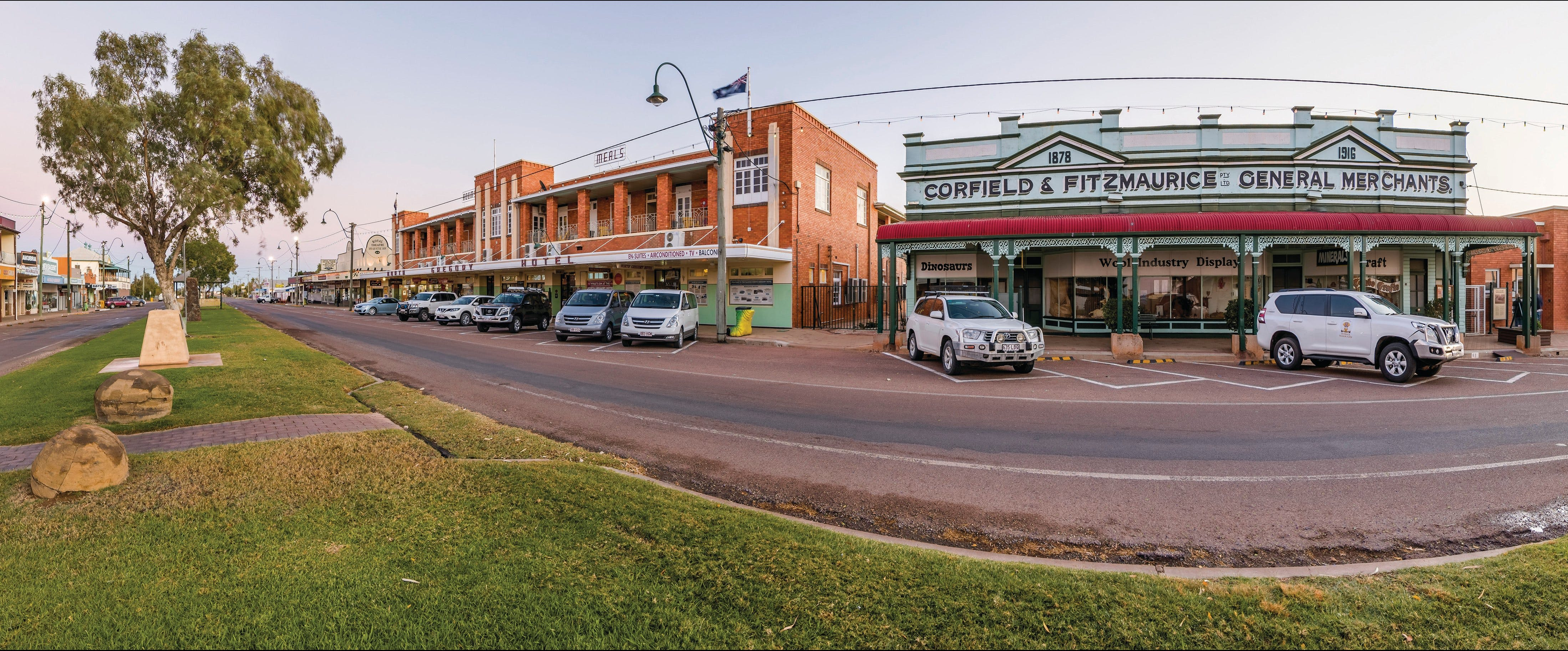 Corfield and Fitzmaurice Building - Tourism Cairns