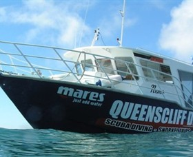 Queenscliff Dive Centre - Tourism Cairns