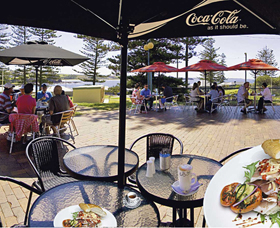 The Beach and Bush Gallery and Cafe - Tourism Cairns