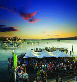 Manly Wharf Hotel - Tourism Cairns