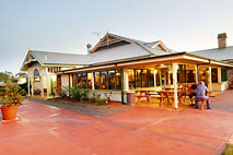 Potters Hotel and Brewery - Tourism Cairns