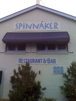 Spinnaker Restaurant and Bar - Tourism Cairns