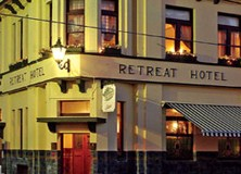 The Retreat Hotel - Tourism Cairns