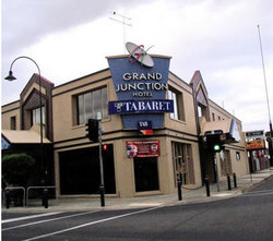 Grand Junction Hotel - Tourism Cairns