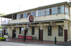 Commercial Hotel Alexandra - Tourism Cairns