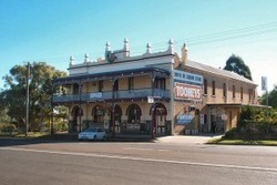 Caledonia Hotel - Tourism Cairns