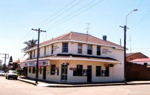 Old Fitzroy Hotel The - Tourism Cairns