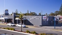 Bellevue Hotel Tuncurry - Tourism Cairns