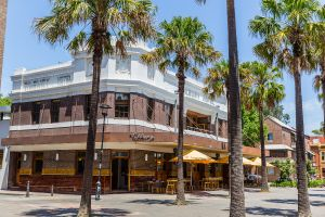 The Tilbury Hotel - Tourism Cairns