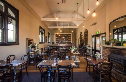 Union Bank Wine Bar - Tourism Cairns