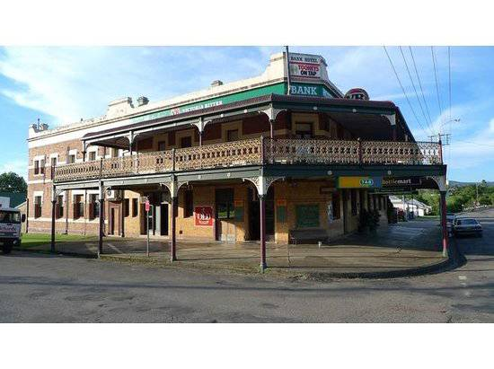 Bank Hotel Dungog - Tourism Cairns