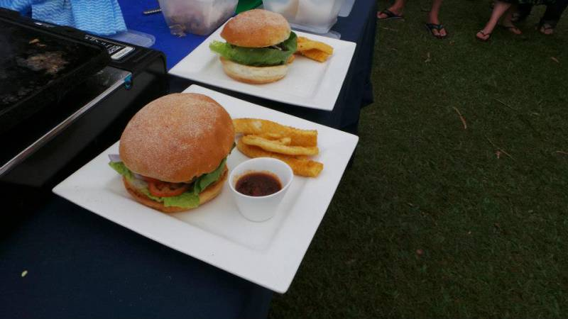 Bushland Beach Tavern - Tourism Cairns