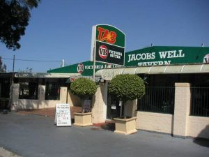 Jacobs Well Bayside Tavern - Tourism Cairns