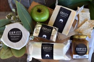 Cupitt's Growers Market - Tourism Cairns
