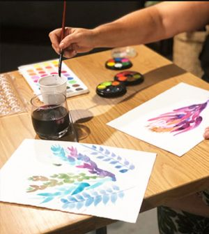 Paint and Sip Class Watercolour and Wine - Tourism Cairns