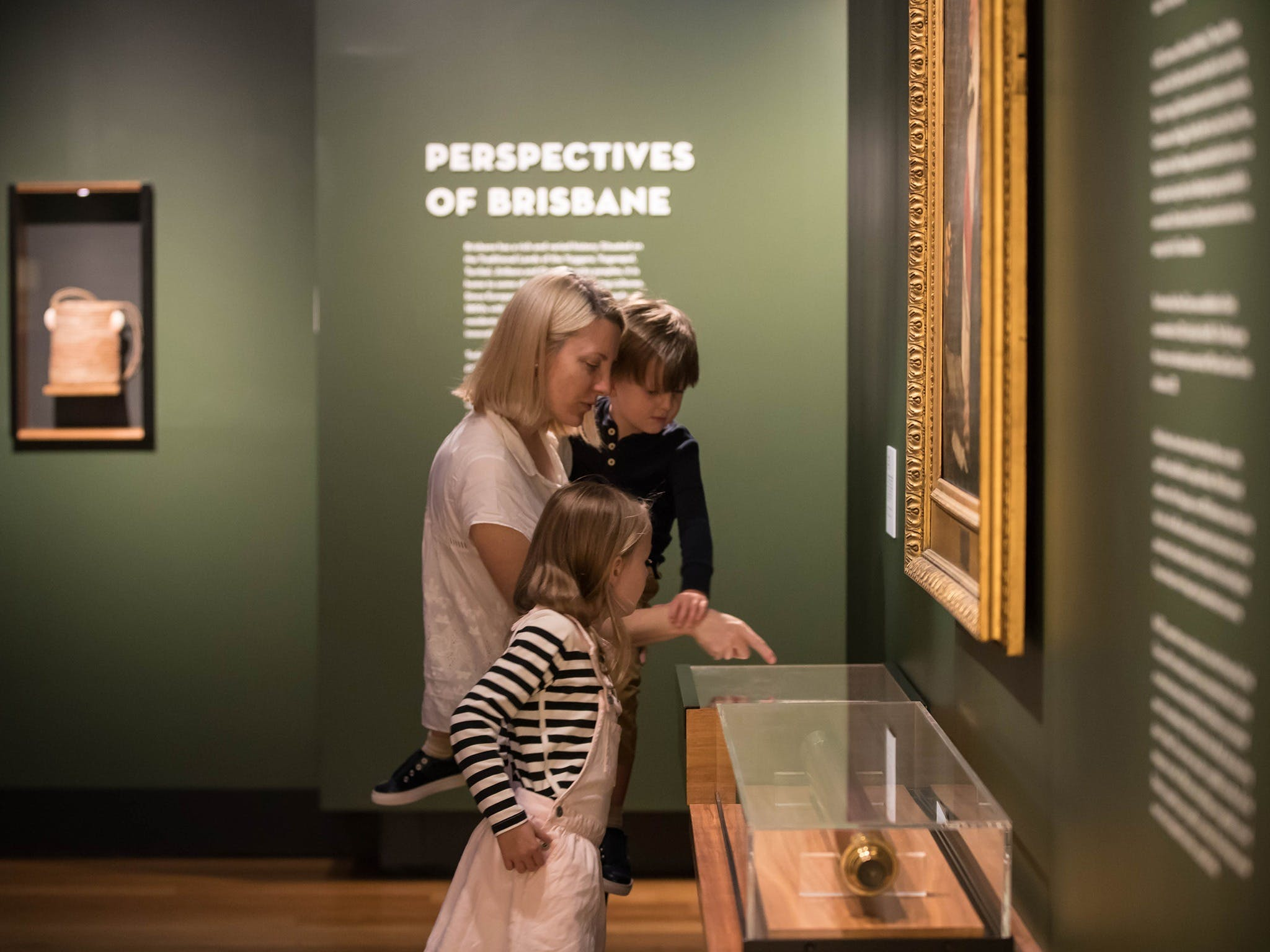 Perspectives of Brisbane - Tourism Cairns